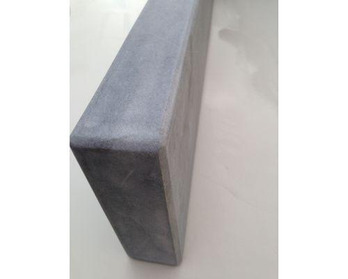 Vietnamees hardsteen opsluitband geschuurd/facet 100x15x5cm.
